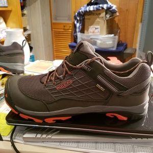 Mens keens shoes